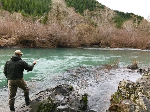 Southern oregon fishing report by confluence outfitters for Southern oregon fishing report